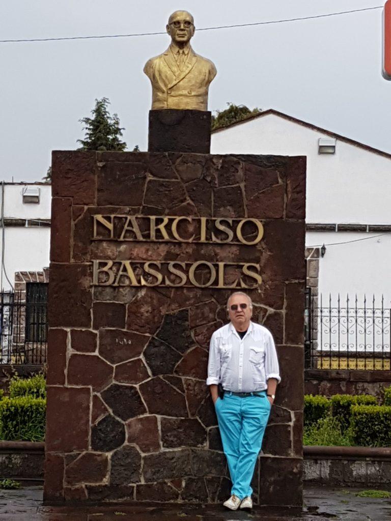 Busto de mi abuelo, el Lic. Narciso Bassols